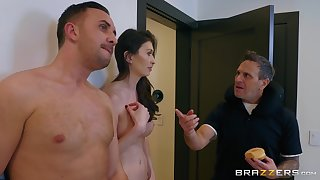 After a blowjob Angelina Diamanti got her pussy fucked by horny dude