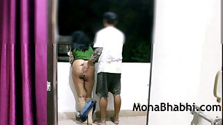 Indian Aunty Outdoor On touching The brush Husband Giving Blowjob Fucking