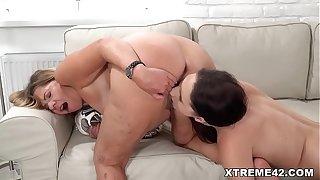 Granny Samantha and Gia Mulino love licking pussies