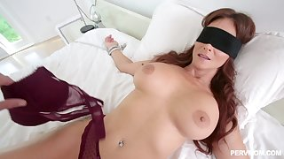 Horny dude got surprised in the air a blowjob and fuck by Syren De Mer