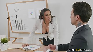 Office milf turns wild on her affaire d'amour partner's big dick