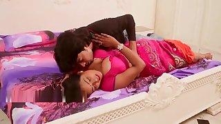 देवर ने दिया भाभी को - भाभी हुई प्रp्नेंट - Dever Bhabhi Hot Short Movie - रोमा HD