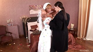 As the crow flies to be china Dorothy Black gets licked by horny Eve Angel