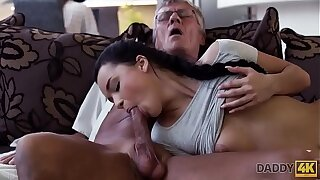 DADDY4K. Cock of mature daddy satisfies girl's need in approving dicking