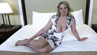 Big aggravation and titties blonde MILF