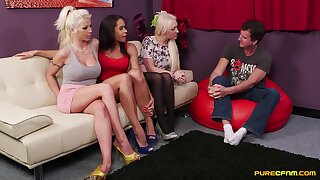 Have on the agenda c trick females share the lust for cock in a mutual CFNM play